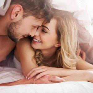 Секреты искусных любовниц: как вести себя в постели