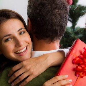 Как удивить любимого мужчину без повода. Чем удивить любимого мужчину? Несколько интересных идей для милых девушек
